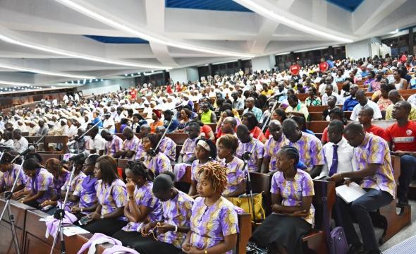 MESSAGE DU CARDINAL JEAN PIERRE KUTWÃ  ARCHEVEQUE D'ABIDJAN A L'OCCASION DE LA MESSE CHRISMALE Cathédrale Saint Paul du Plateau Abidjan Mardi 27 mars 2018