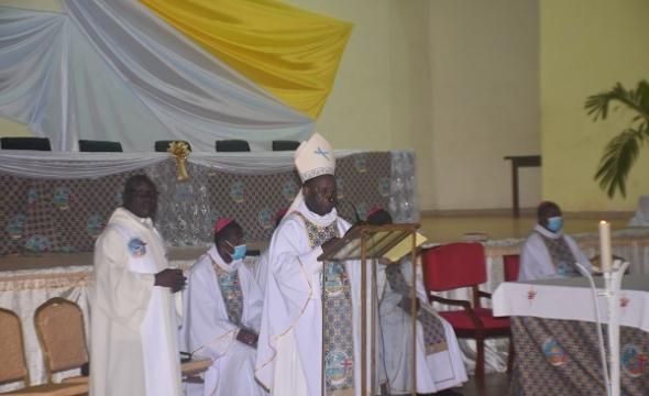 CONGRES DU CLERGE IVOIRIEN  Messe du 08 Juillet 2021, présidée par Mgr. Boniface ZIRI