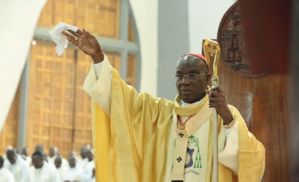 HOMELIE DU CARDINAL JEAN PIERRE KUTWÃ  ARCHEVEQUE D'ABIDJAN  A L'OCCASION DE LA FETE DE PAQUES Abidjan, dimanche 12 Avril 2020